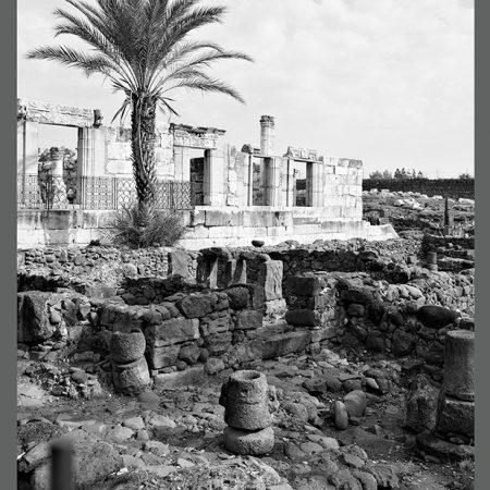 CAT 0598-97 BW Temple at Capernaum-www
